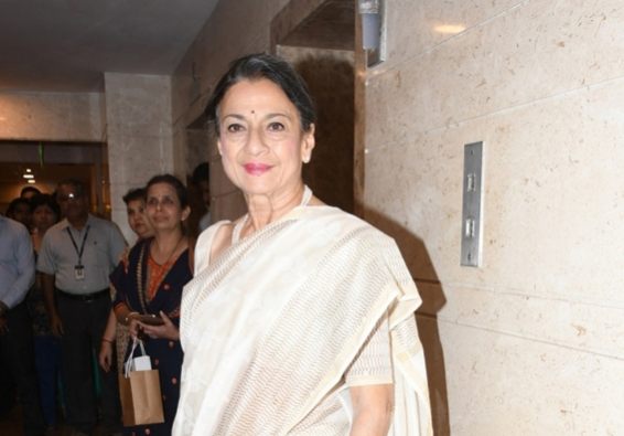 Tanuja is chief guest at Pune film appreciation course